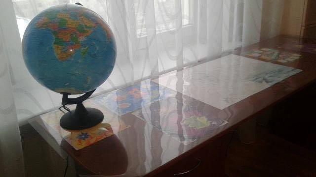 Силиконовая пленка для защиты поверхности стола